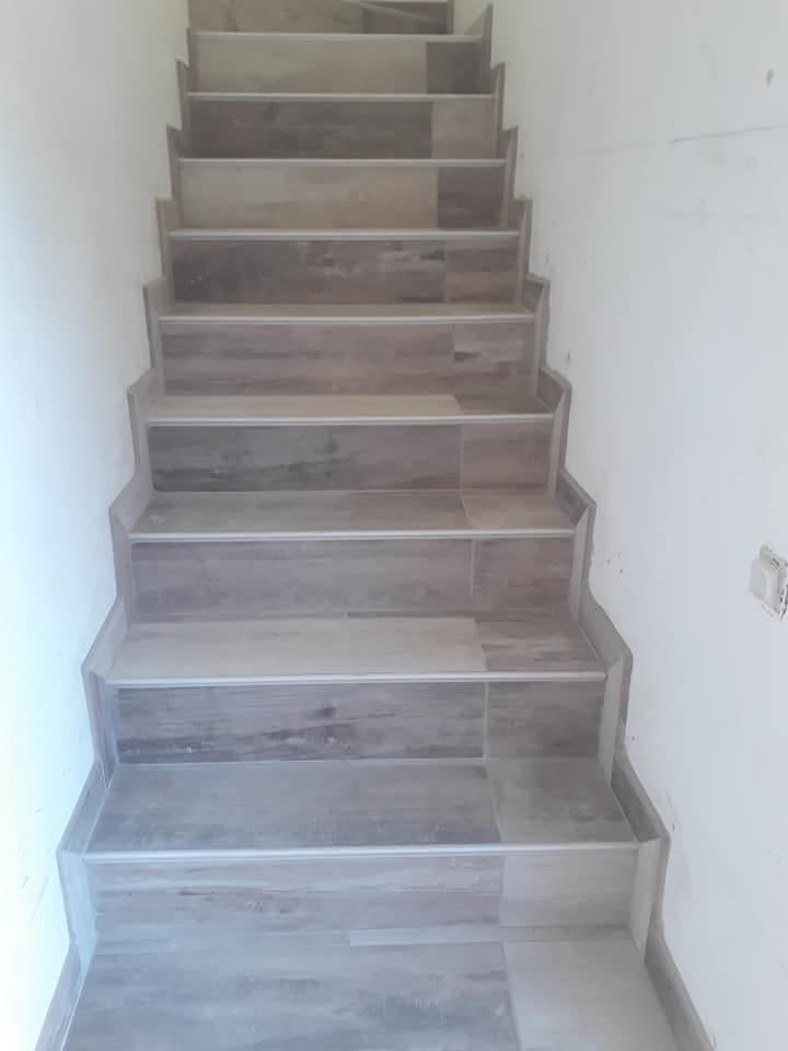 Illustration Pose carrelage Escalier 4